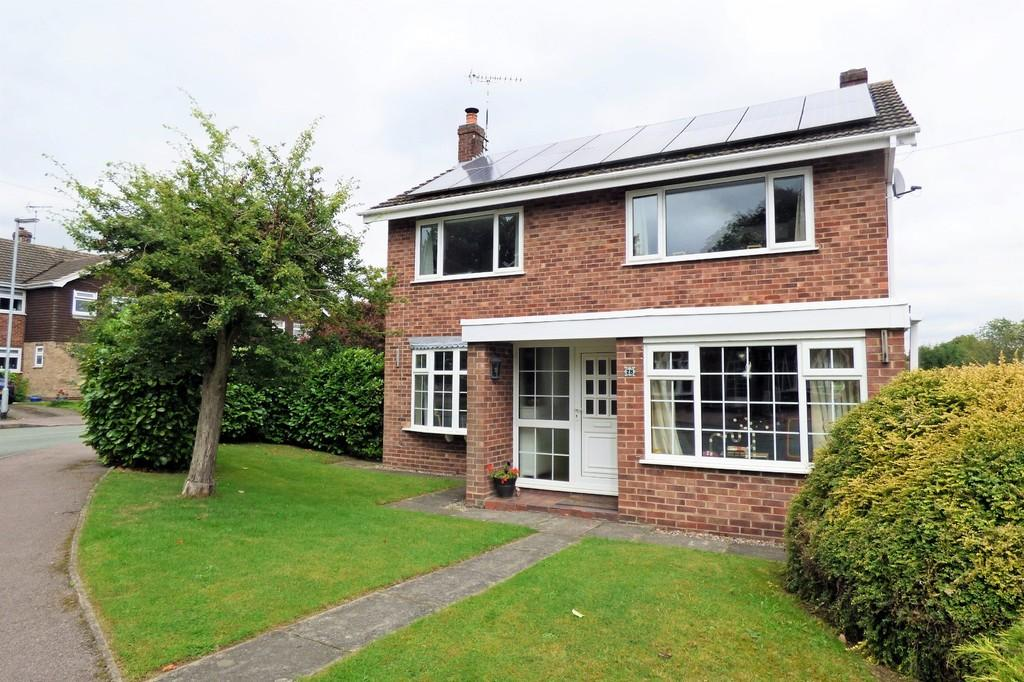 4 Bedrooms Detached House for sale in Woodland Views, Marchington