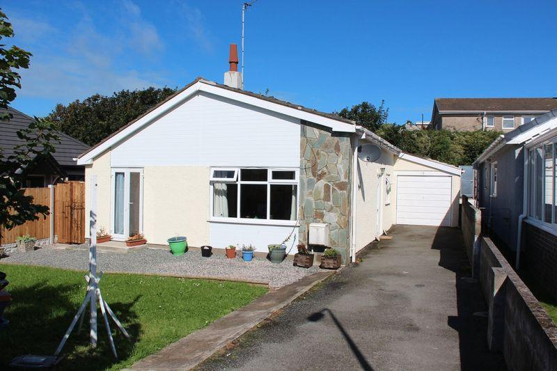 3 Bedrooms Detached Bungalow for sale in Bwlch Alltran, Holyhead