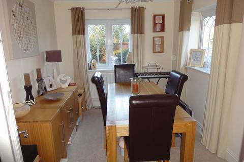 4 bedroom detached house to rent - Robbins Croft, Cannock