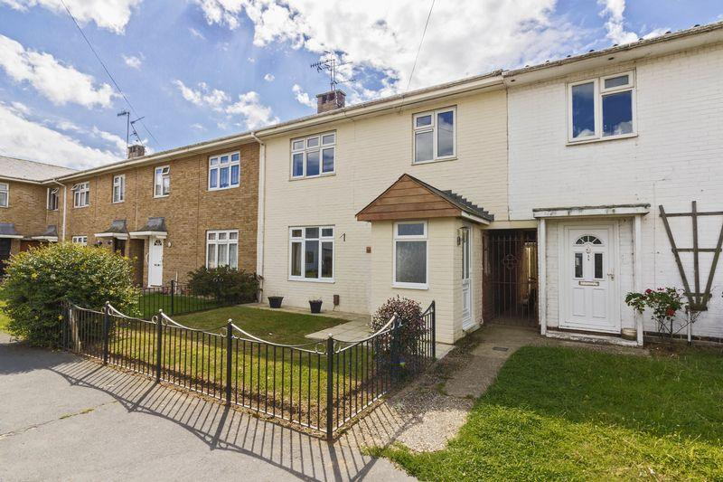 3 Bedrooms Terraced House for sale in The Quadrant, Goring
