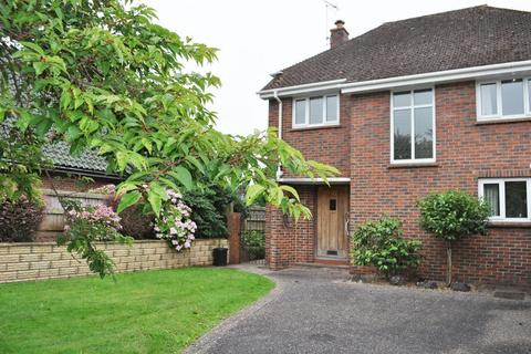 3 bedroom detached house to rent - Topsham Road, Exeter
