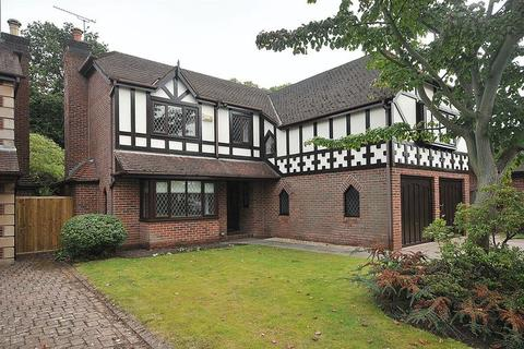 5 bedroom detached house to rent - Buckingham Drive, Knutsford