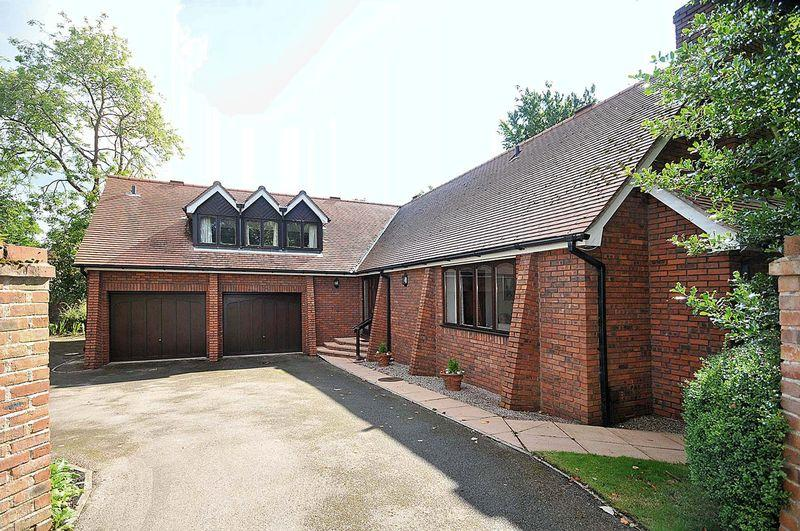3 Bedrooms Bungalow for sale in Bexton Lane, Knutsford