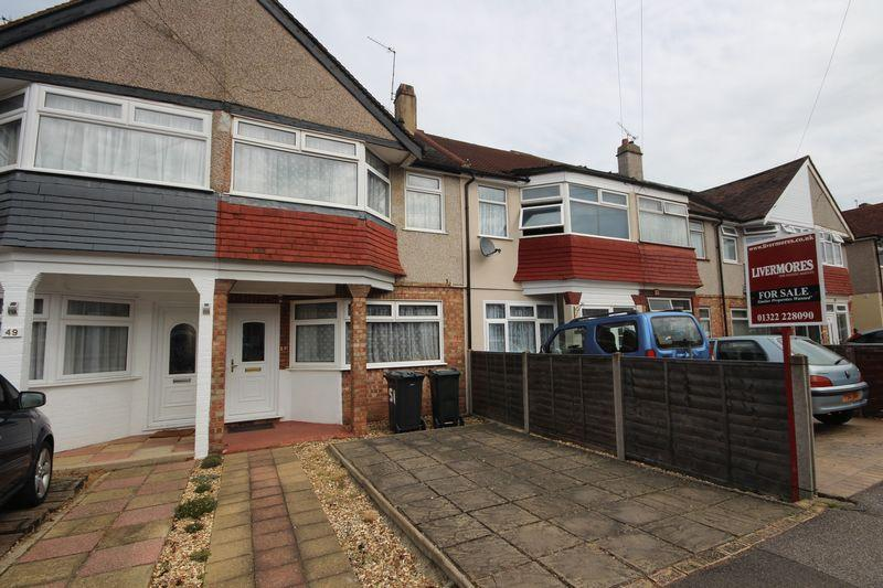 3 Bedrooms Terraced House for sale in Hallford Way, West Dartford