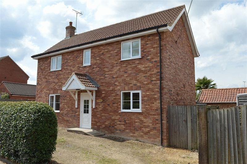 3 Bedrooms Detached House for sale in Mill Road Watton