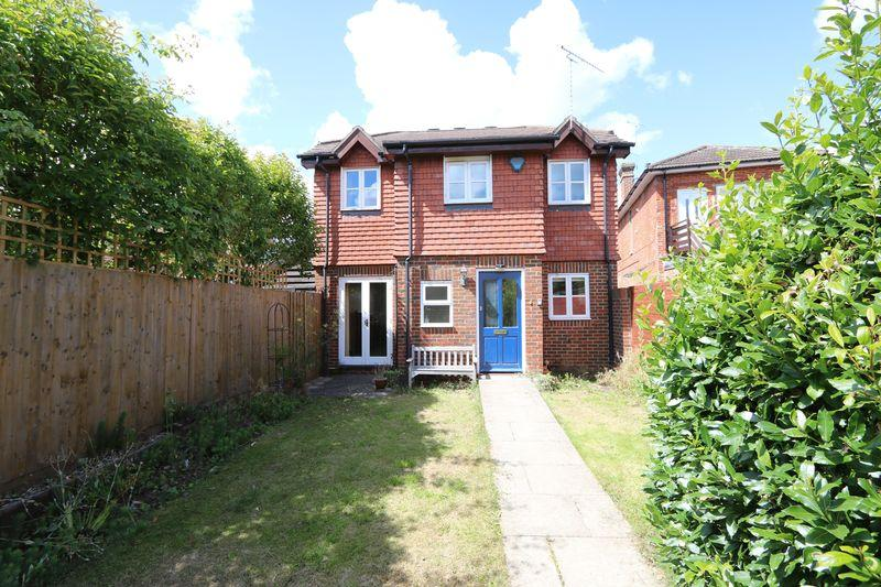 2 Bedrooms Detached House for sale in Milford