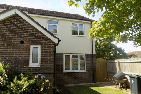 3 bedroom end of terrace house to rent - Vetch Close, Christchurch