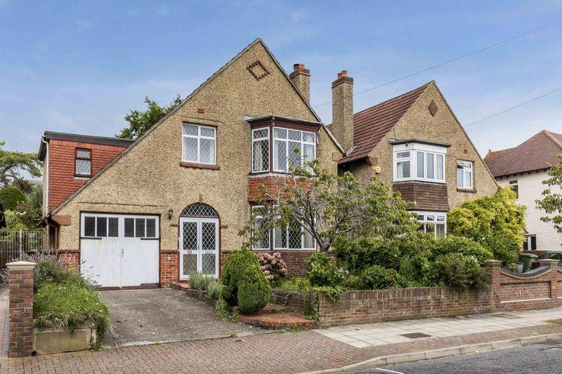 4 Bedrooms Detached House for sale in St Johns Road, Portsmouth