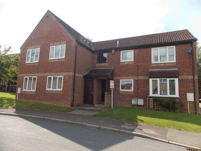 1 Bedroom Apartment Flat for sale in Codling Road, Bury St. Edmunds