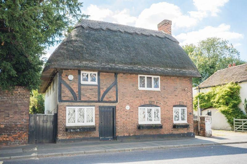4 Bedrooms Detached House for sale in Wingham