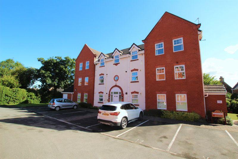2 Bedrooms Apartment Flat for sale in Rosebrae Court, Heswall