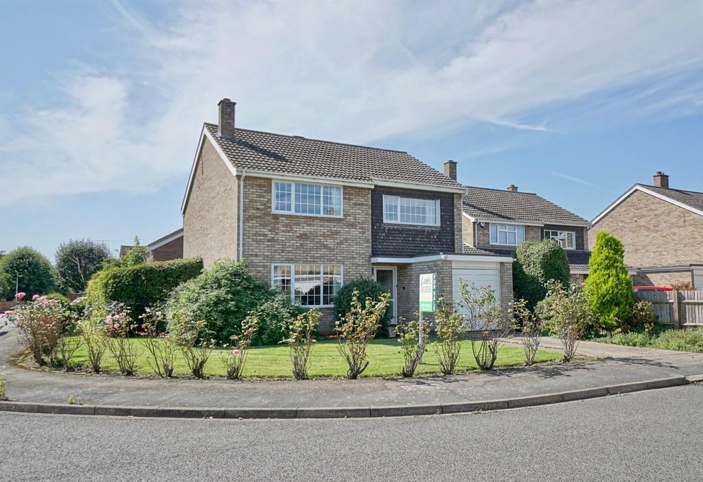 4 Bedrooms Detached House for sale in The Avenue, Sandy