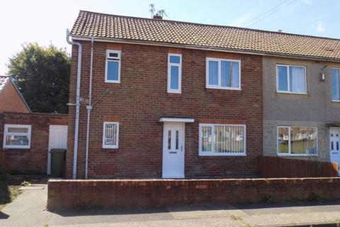 3 bedroom semi-detached house to rent - Poplar Grove, Bedlington