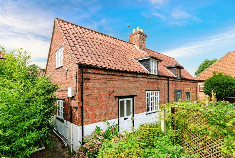 2 Bedrooms Semi Detached House for sale in Watson's Yard, Horncastle