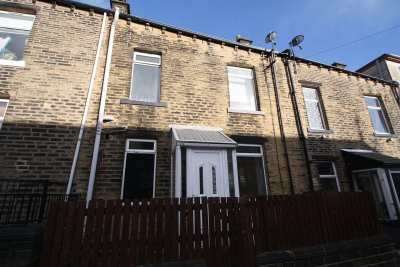 2 Bedrooms House for sale in Newton Street, Sowerby Bridge