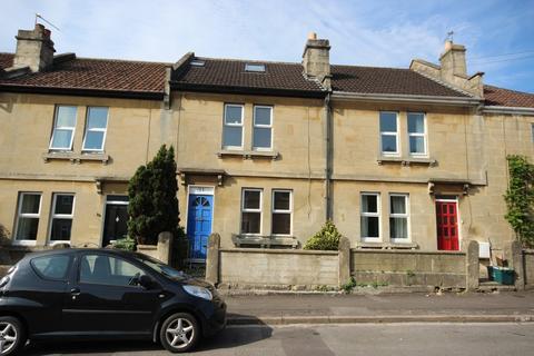 3 bedroom terraced house to rent - Oolite Road, BA2 2UU