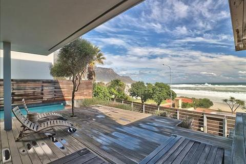 3 bedroom townhouse  - Camps Bay, Cape Town