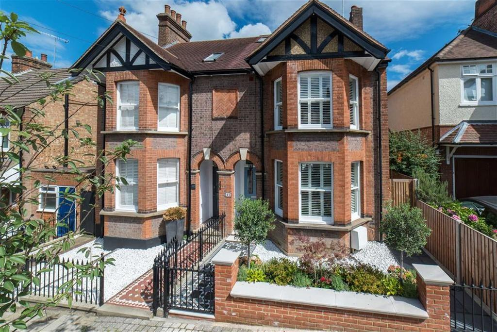 4 Bedrooms Semi Detached House for sale in Carlisle Avenue, St Albans, Hertfordshire