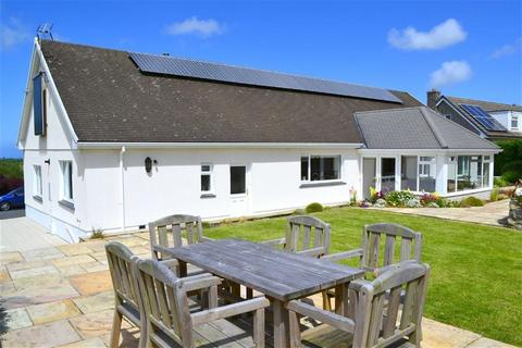 3 bedroom property with land for sale - Synod Inn, Llandysul, Carmarthenshire