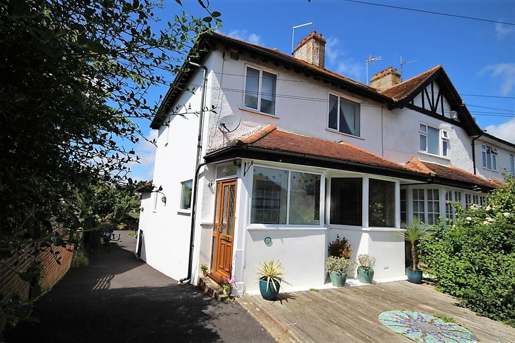 3 Bedrooms Semi Detached House for sale in Warmdene Road, Brighton BN1