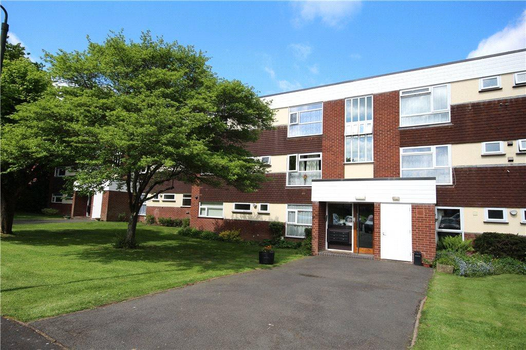 2 Bedrooms Apartment Flat for sale in Cobham Court, Corbett Avenue, Droitwich, Worcestershire, WR9