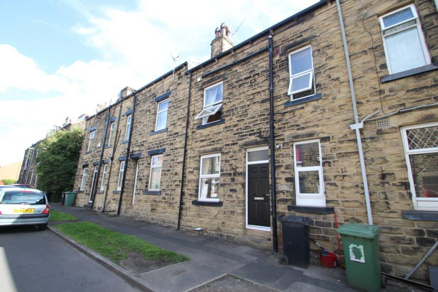 2 Bedrooms Terraced House for sale in NORA ROAD, BRAMLEY, LEEDS, LS13 3HD