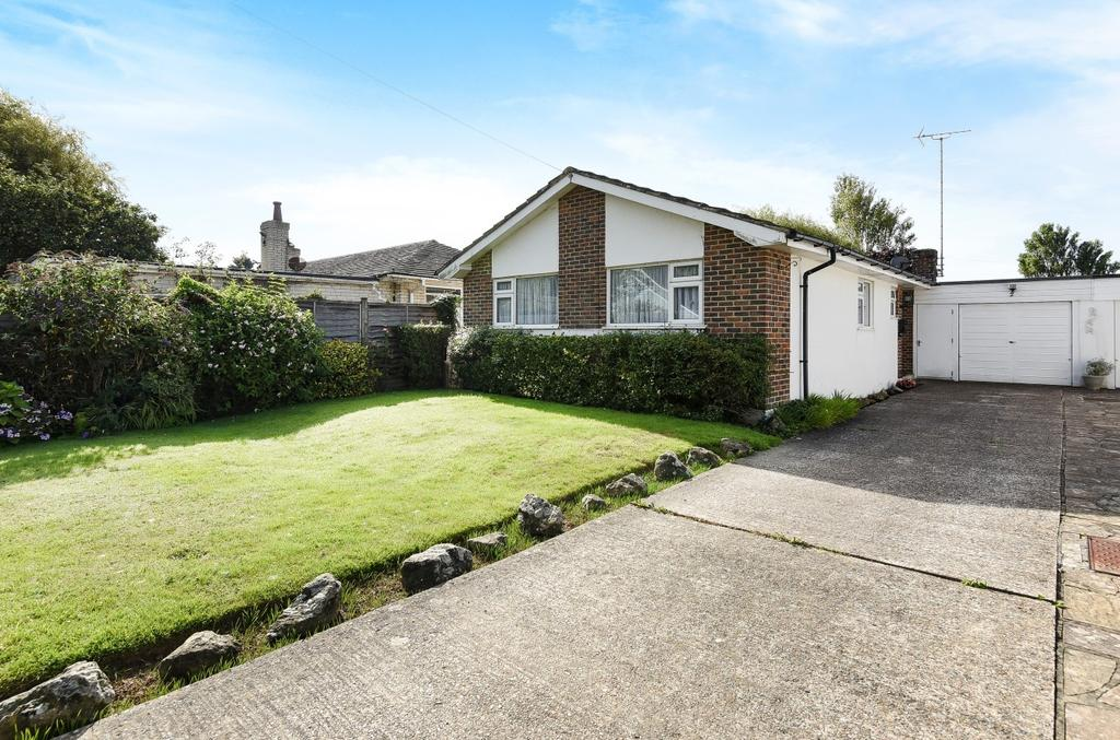 3 Bedrooms Detached Bungalow for sale in Elmer Close, Elmer Sands, Bognor Regis, PO22