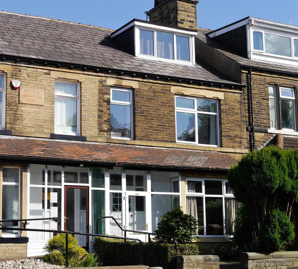 5 Bedrooms Terraced House for sale in St. Enochs Road, Wibsey, Bradford, BD6 3AD