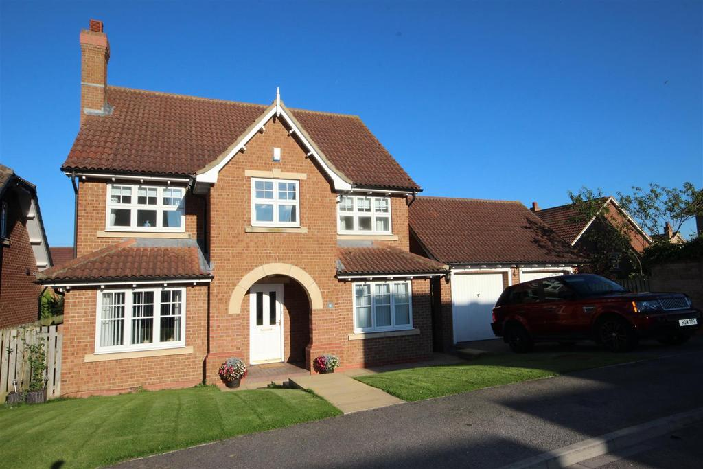 5 Bedrooms Detached House for sale in Chelker Close, Elwick Rise, Hartlepool