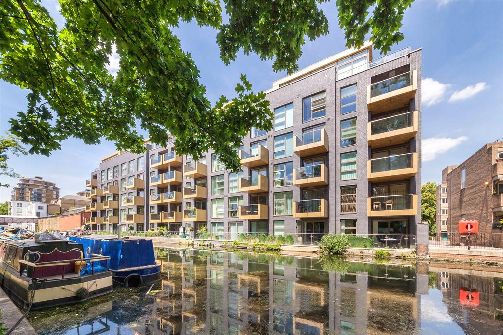3 Bedrooms Flat for sale in Waterfront Apartments, 82 Amberley Road, London