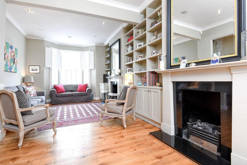 4 Bedrooms Terraced House for sale in Eccles Road, Battersea