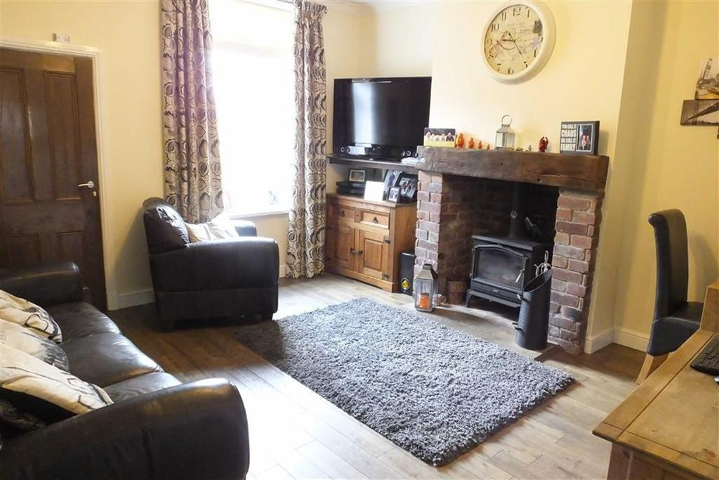 3 Bedrooms Terraced House for sale in Princess Street, Colne, Lancashire, BB8