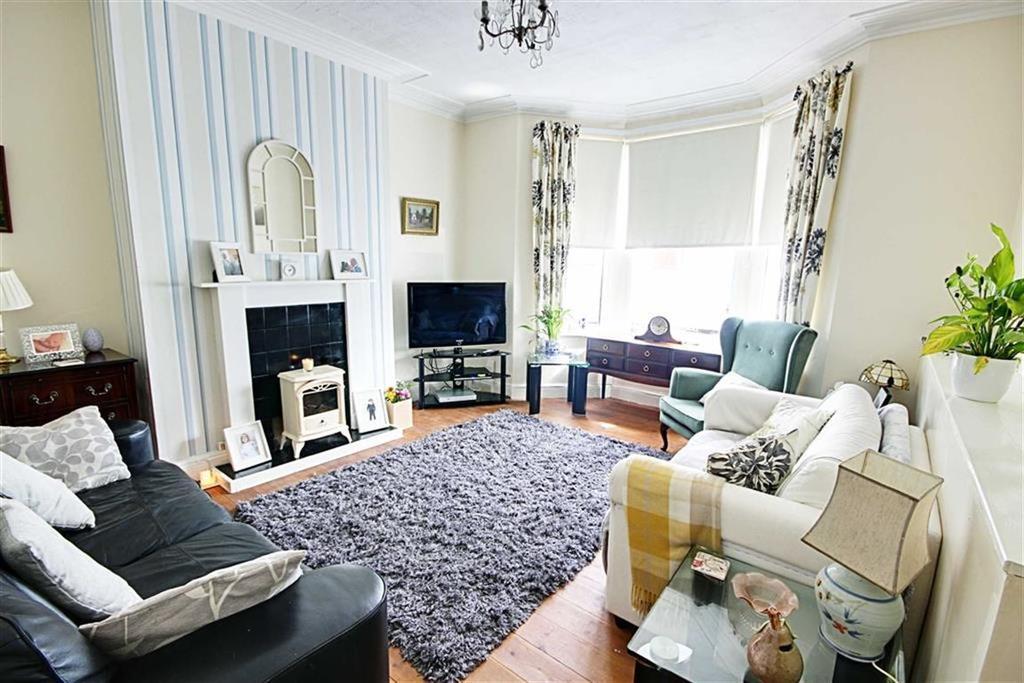 2 Bedrooms Flat for sale in Richmond Road, South Shields, Tyne Wear