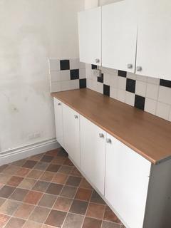 3 bedroom terraced house to rent - Harcourt Street, Hanley, Stoke On Trent ST1