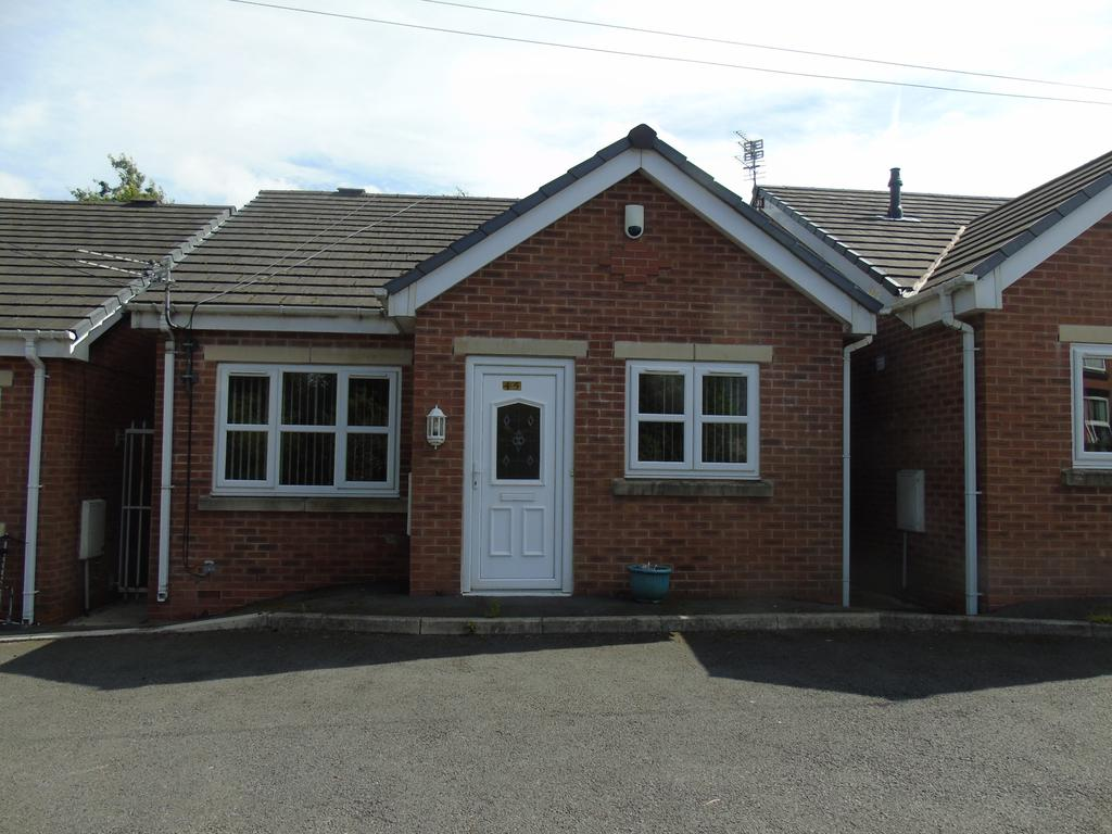 2 Bedrooms Detached Bungalow for sale in Ashton under Lyne OL7