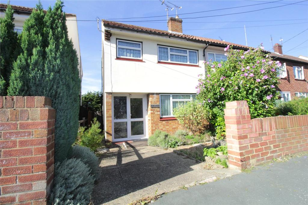 3 Bedrooms Semi Detached House for sale in Vowler Road, Langdon Hills, Essex, SS16