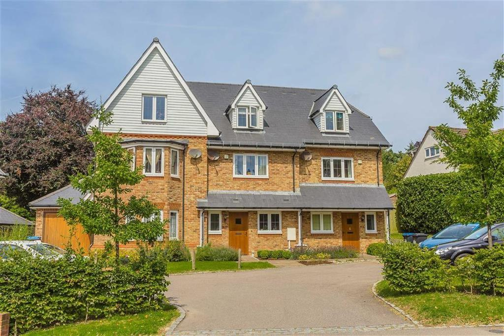 3 Bedrooms Terraced House for sale in Bluehouse Lane, Oxted, Surrey