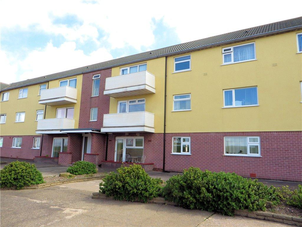 3 Bedrooms Apartment Flat for sale in Duchess Court, Queens Promenade, Blackpool