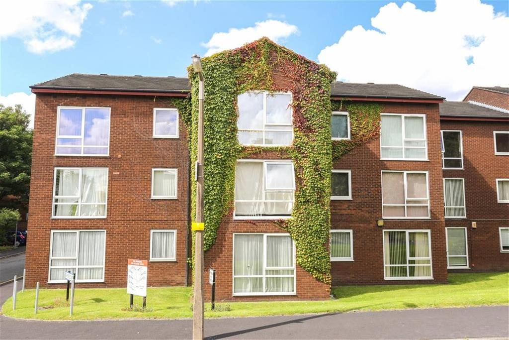 2 Bedrooms Flat for sale in Holmfield Close, Heaton Norris