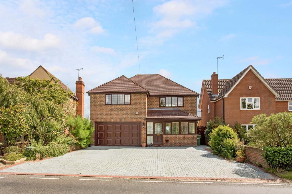 4 Bedrooms Detached House for sale in Halstead Road, Gosfield, Halstead, Essex, CO9