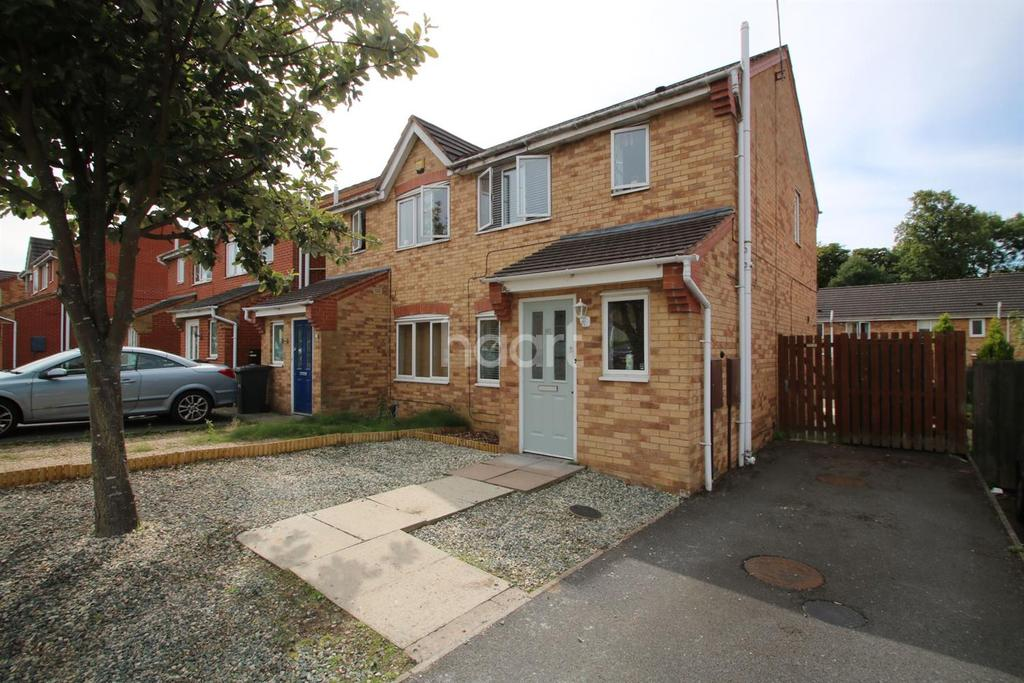 3 Bedrooms Semi Detached House for sale in Ambleside Drive, Leicester, Leicestershire