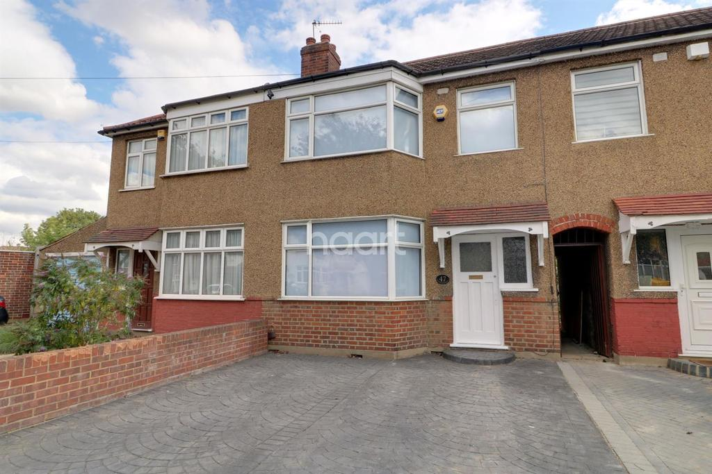 3 Bedrooms Terraced House for sale in Inverness Avenue, Enfield
