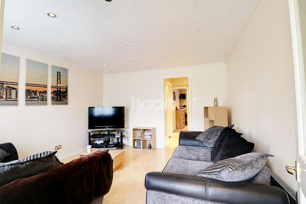 1 Bedroom Maisonette Flat for sale in Northolt