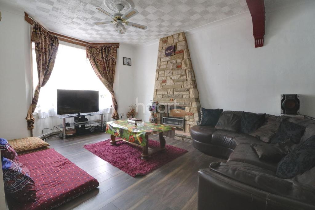 4 Bedrooms Terraced House for sale in Chingford Road, Walthamstow