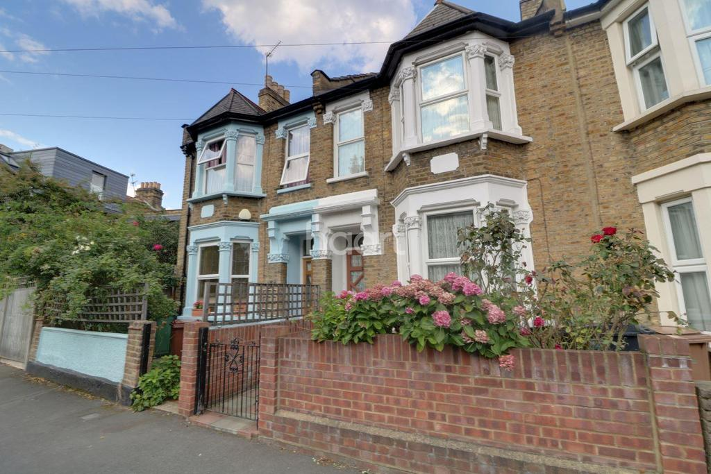 3 Bedrooms Terraced House for sale in Rosslyn Road, Walthamstow