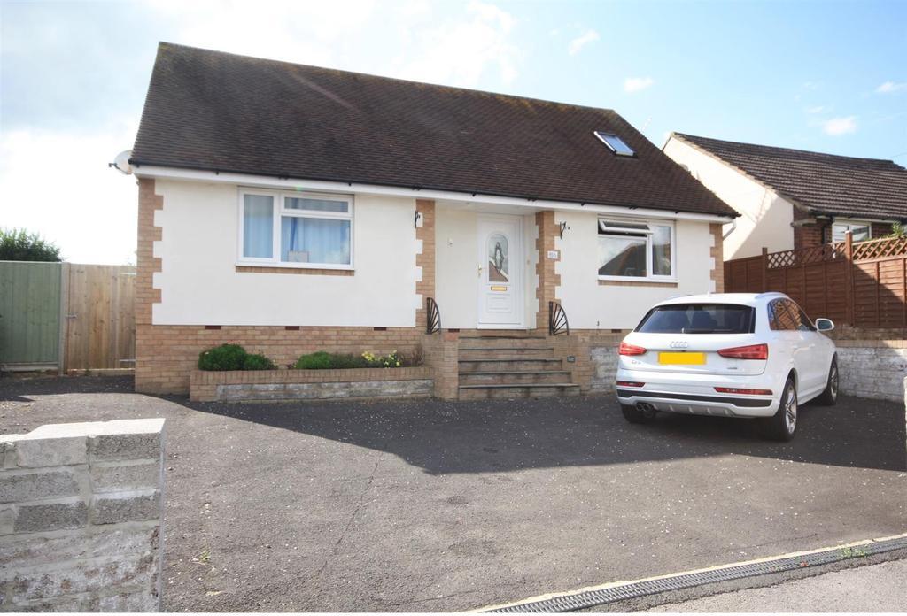 3 Bedrooms Detached Bungalow for sale in Sandy Lane, Fair Oak, Eastleigh