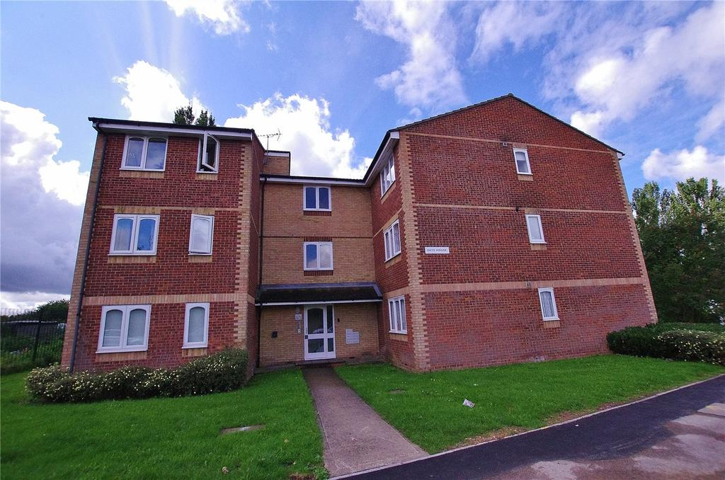 1 Bedroom Apartment Flat for sale in Skye House, Scammell Way, Watford, Hertfordshire, WD18
