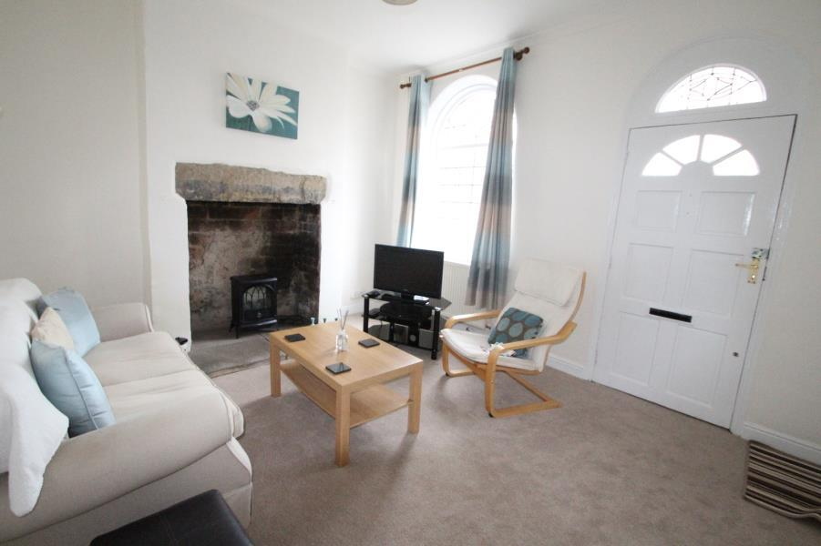 2 Bedrooms Terraced House for sale in CAROLINE STREET, SHIPLEY, BD18 4PD