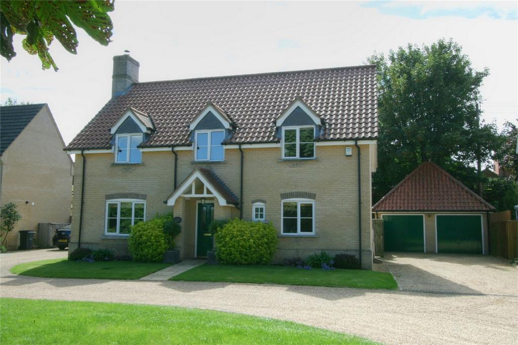 4 Bedrooms Detached House for sale in 4 Southacre, NR17 2QB, Attleborough