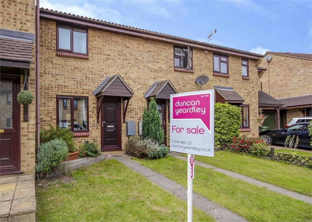 2 Bedrooms Terraced House for sale in Tarnbrook Way, Bracknell, Berkshire